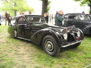 800px-bugatti_type57-sc-atalante_front-view
