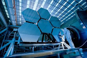 File:James Webb Space Telescope Mirror37.jpg