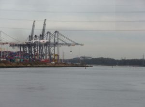 File:Southampton , Southampton Docks - geograph.org.uk - 1737874.jpg
